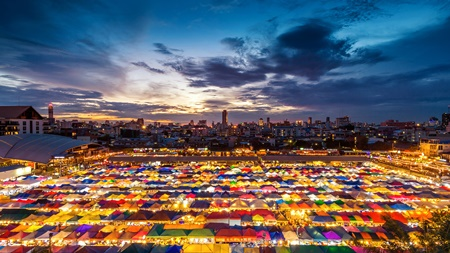 10 Things to do in Thailand - Night Market Thailand